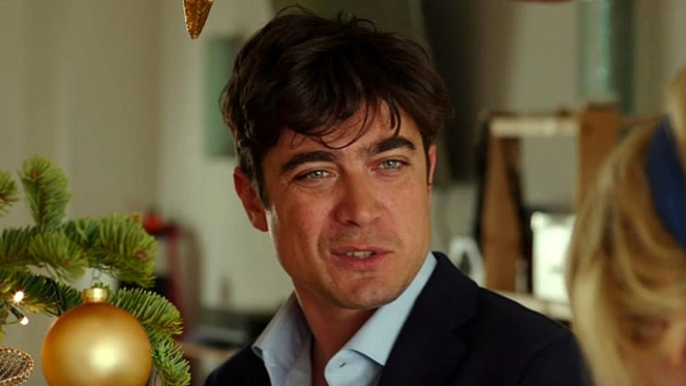 Cena Di Natale Film.Riccardo Scamarcio Con Il Cast Del Film La Cena Di Natale Al Multicinema Galleria Bari 25 Novembre 2016