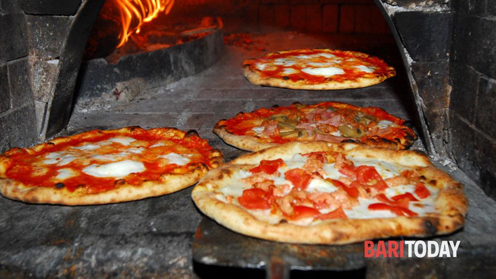 Pizzeria La Credenza Bari : Migliori ristoranti a bari